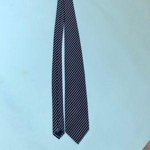 men's Charles Tyrwhitt silk tie